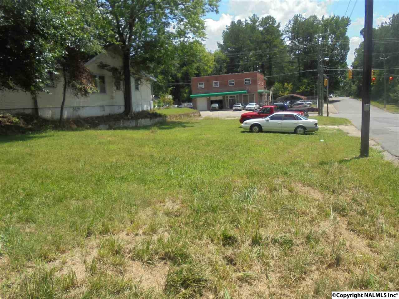 1523 Forrest Avenue, Gadsden AL 35901