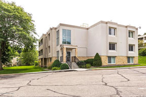 358 Elton Hills Drive NW # 13 Rochester
