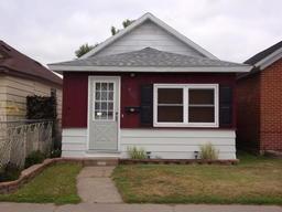 504 E 11th Street Winona
