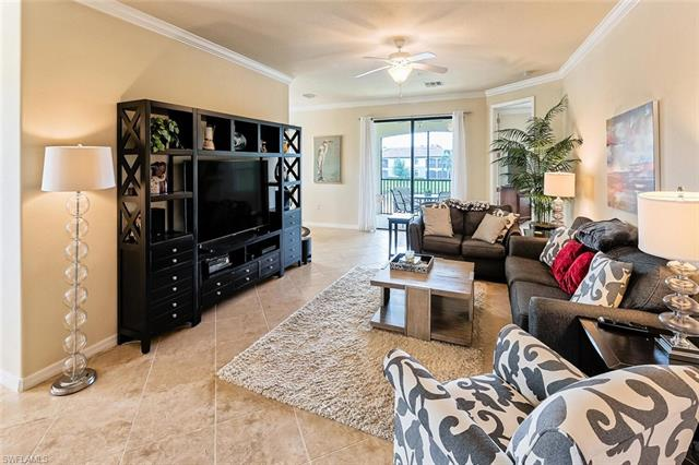 9116 Napoli Ct # 201, Naples FL 34113