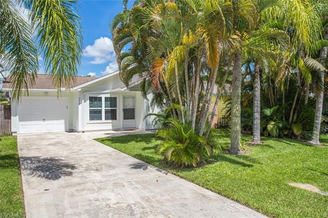 779 98th Ave, Naples FL 34108