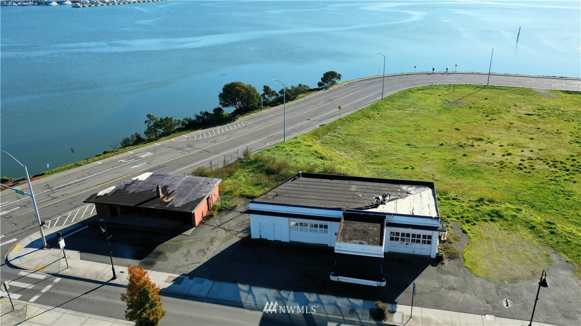 1081 1091 Se Pioneer Way, Oak Harbor WA 98277