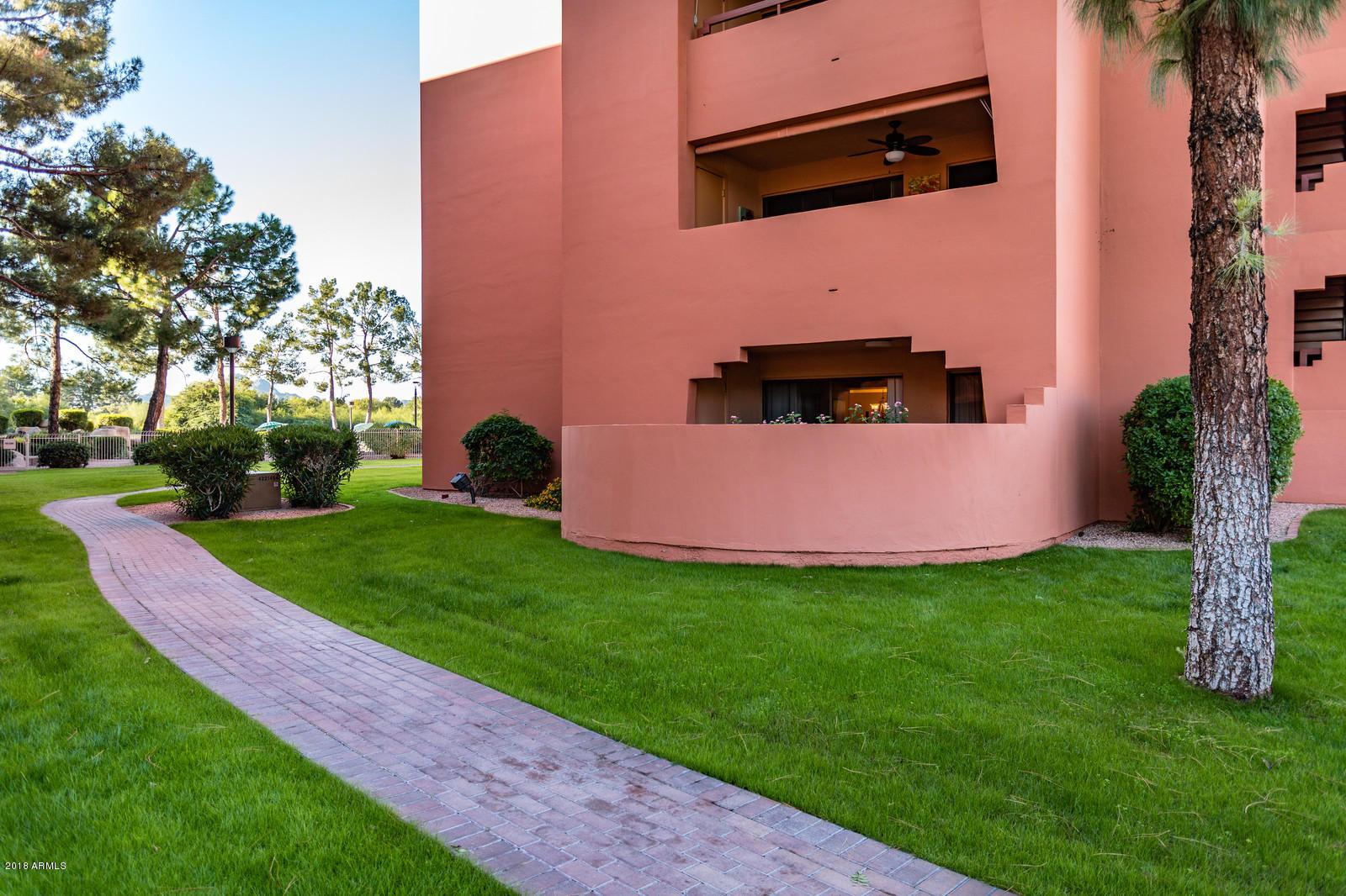 12212 N Paradise Village Parkway W, Unit 142, Phoenix AZ 85032