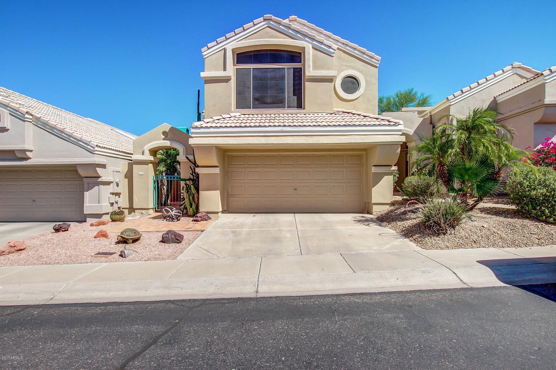 1136 E Hiddenview Drive, Phoenix AZ 85048