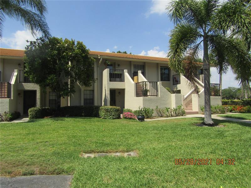 4534 Weybridge #45, Sarasota FL 34235