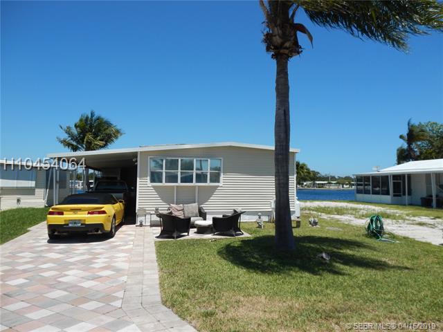 2941 Lakeshore Dr, Dania Beach FL 33312
