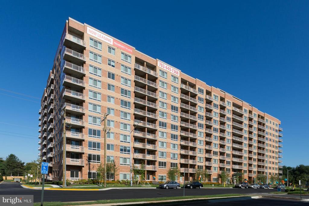 2700 Dorr Avenue Avenue N # 001/01, Fairfax VA 22031