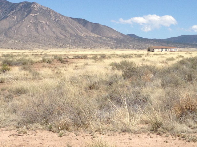 215 Frontier Road, Carrizozo NM 88301