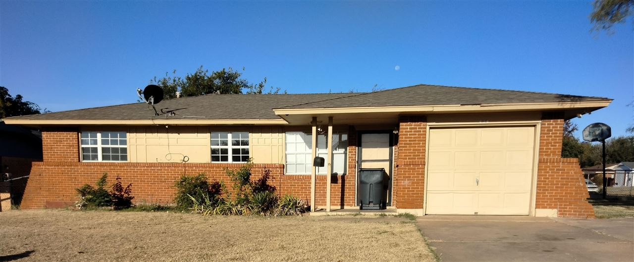 434 NW 53rd St Lawton