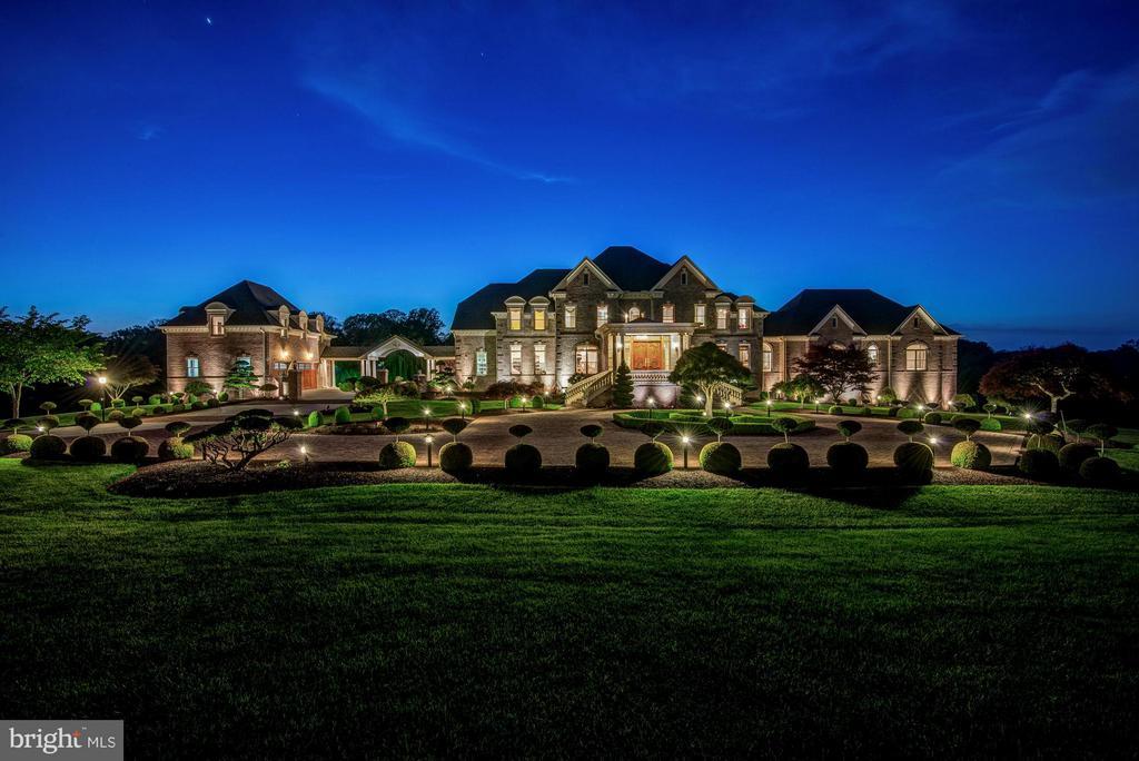 Popular Gaithersburg Real Estate