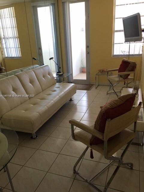100 Lincoln Rd # 1045, Miami Beach FL 33139