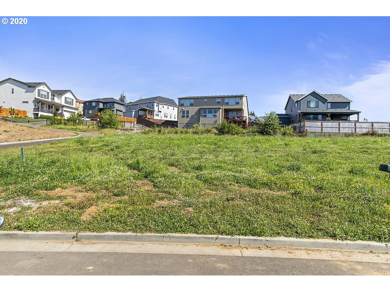 9165 Se Spyglass Dr 9, Happy Valley OR 97086