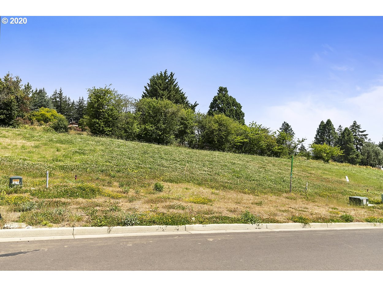 15043 Se Northern Heights Dr 17, Happy Valley OR 97086