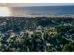2300 NE 35th ST Lot 7 Lincoln City