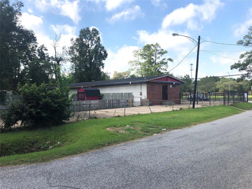 9114 N Wayside Drive Houston, TX - Image 3