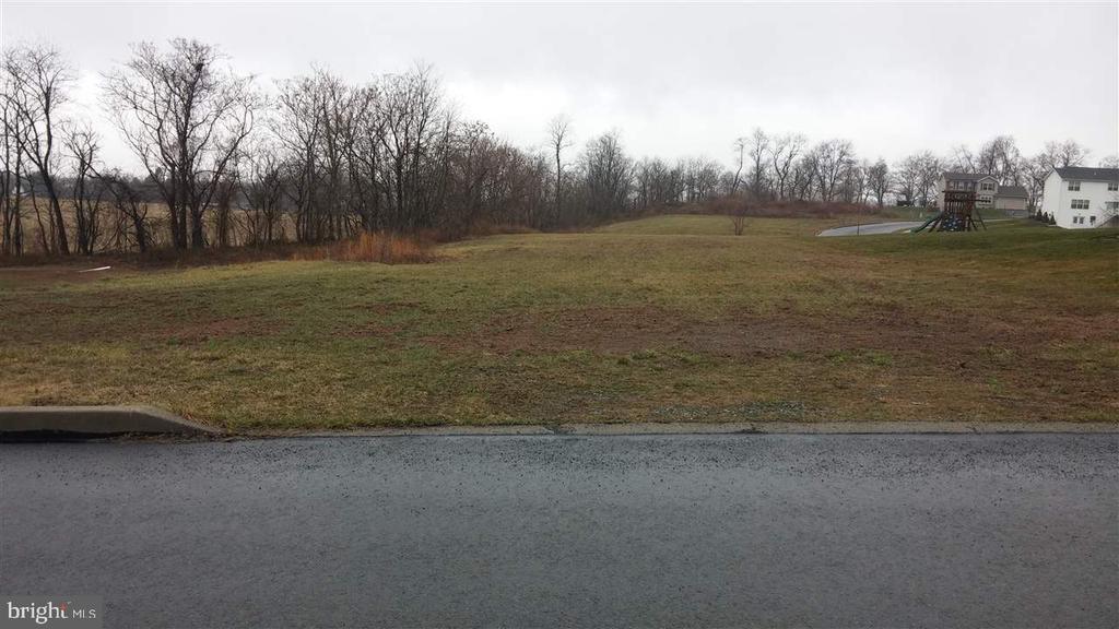 36 Dustin Drive, Halifax PA 17032