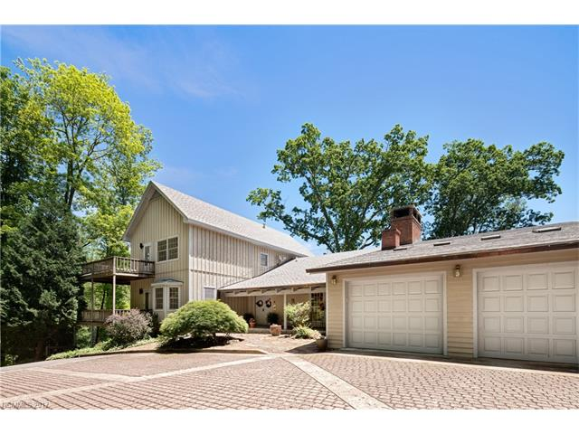 Popular Springdale Country Club Real Estate